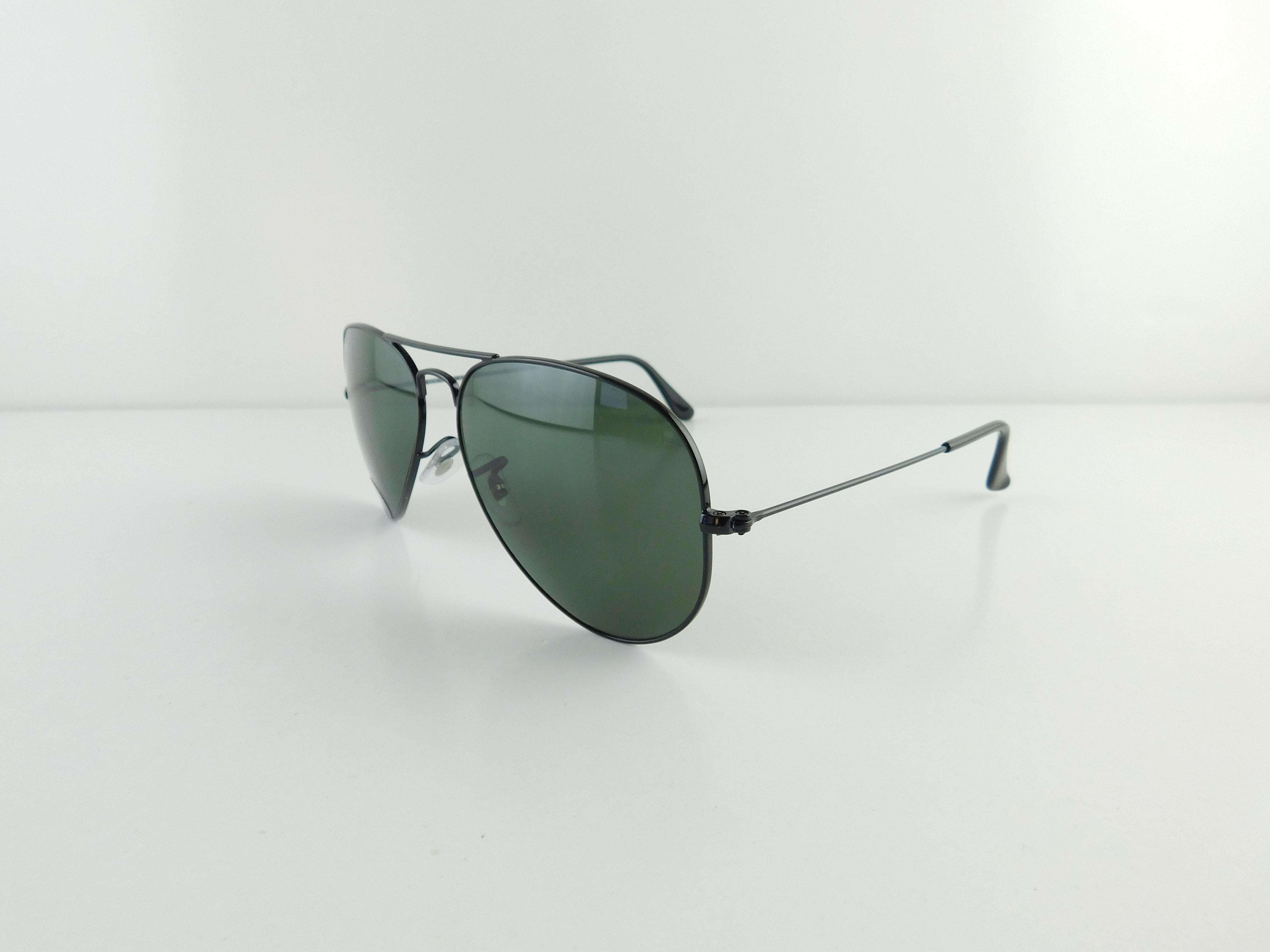 8649b2b66 ... low price ray ban black gently used 3025 l2823 aviator large metal full  frame made in