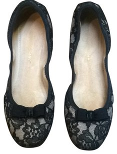 Salvatore Ferragamo Black Beish Flats