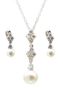 Sterling Silver Cubic Zirconia Pearl Dangle Earrings Pendant Necklace Jewelry Set