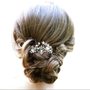 Silver New Comb Pearls and Crystals Hair Accessory