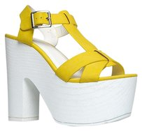 Speed Limit 98 Yellow Sandals