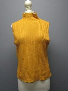 St. John St Solid Ribbed Sweater