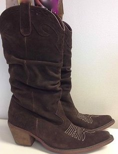 Steve Madden Suede Pull Brown Boots
