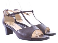 Taryn Rose Pebbled Leather Italian T-strap Brown Sandals
