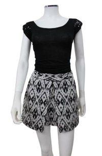 Theory White Caslyn W Andes Skirt Skort white black