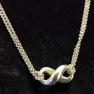 05b9a120e Tiffany & Co. Necklaces on Sale - Up to 70% off at Tradesy (Page 24)