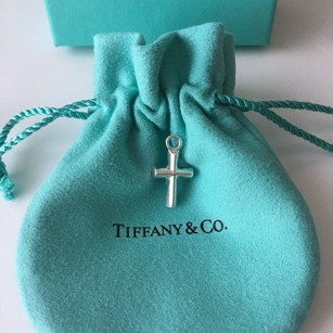 Tiffany & Co. Authentic Tiffany & co. Silver Paloma Picasso Small Heart Cross