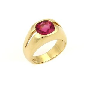 Tiffany & Co. Tiffany Co. 18k Yellow Gold Pink Tourmaline Solitaire Ring -