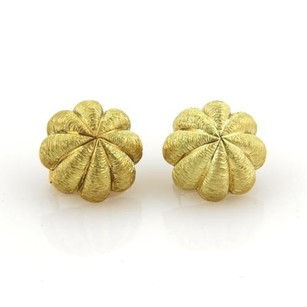 Tiffany & Co. Tiffany Co. 18k Yellow Gold Textured Floral Dome Earrings