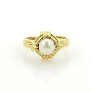 Tiffany & Co. Tiffany Co. 6mm Pearl 18k Yellow Gold Groove Design Ring 4.75