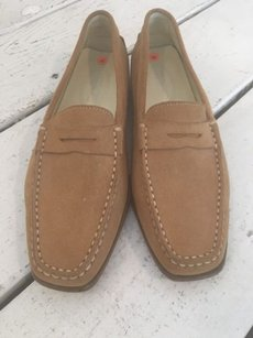Tod's Tods Suede Loafers Beige Flats