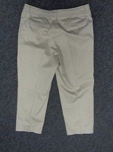 Tommy Bahama Solid Cotton Capri/Cropped Pants Tan