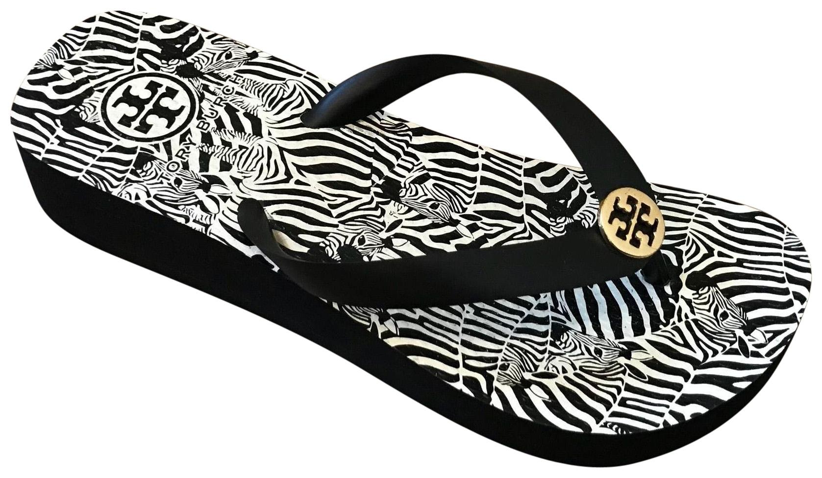Tory Burch Black and White Sandals Size US 6 Regular (M, B)