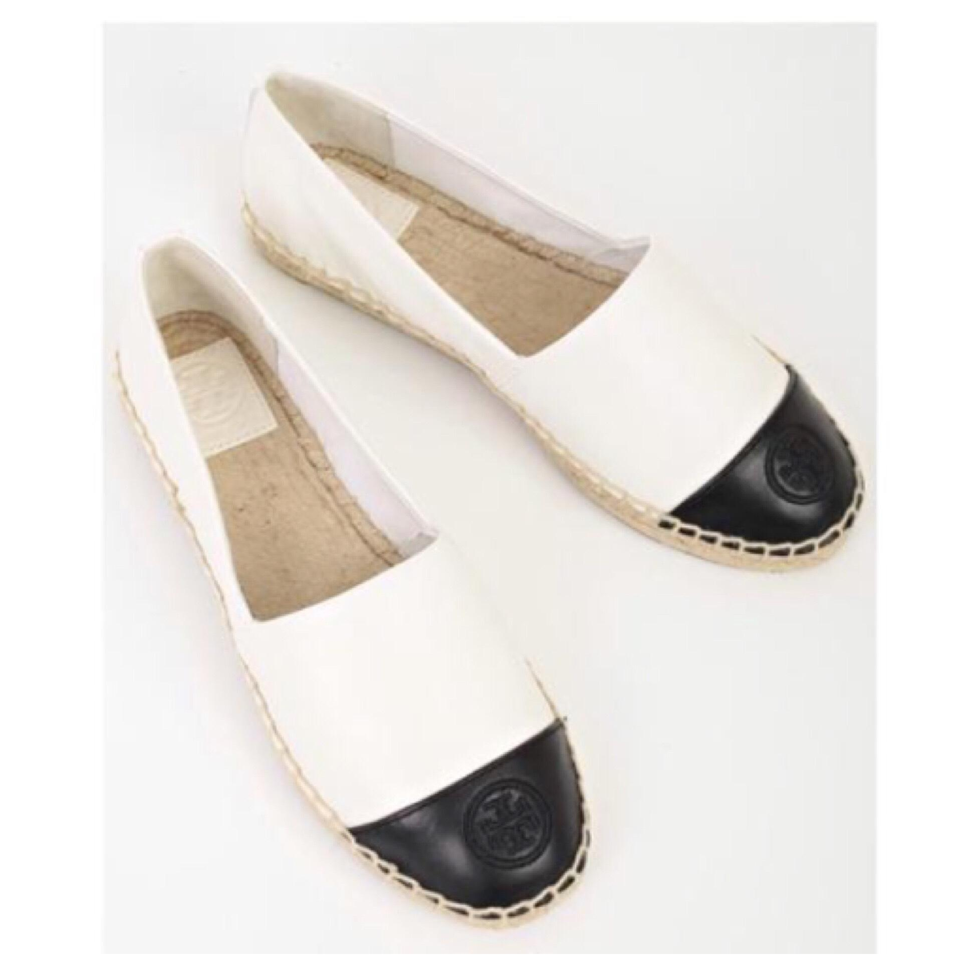 e67363f7aa2 Tory Burch Leather Ivory Black Colorblock Espadrilles Leather Burch Flats  Size US 10.5 Regular (M