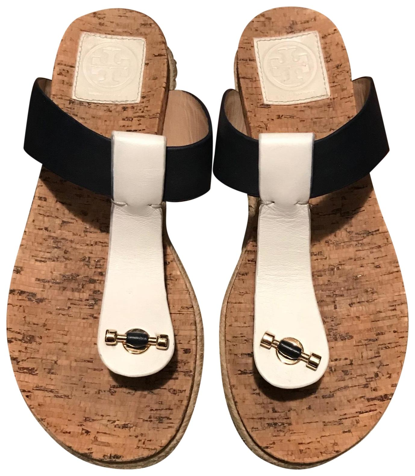 Tory Burch Navy and White Sandal Flats Size US 8 Regular (M, B)