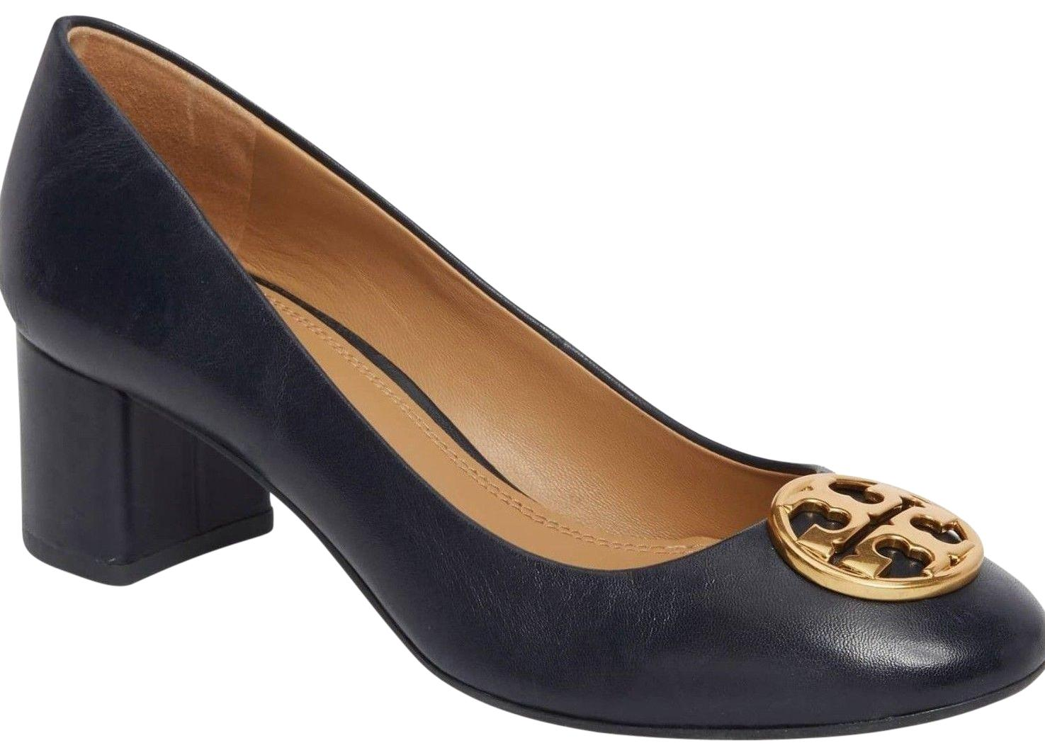 Tory Burch Navy Blue New Gold Logo Leather Heels Pumps Size US 9.5 Regular (M, B)