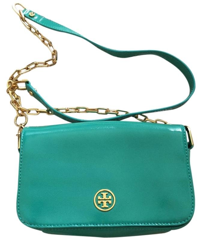 440ad3af07f0 ... coupon tory burch robinson patent leather cross body bag 7e9bf 78605