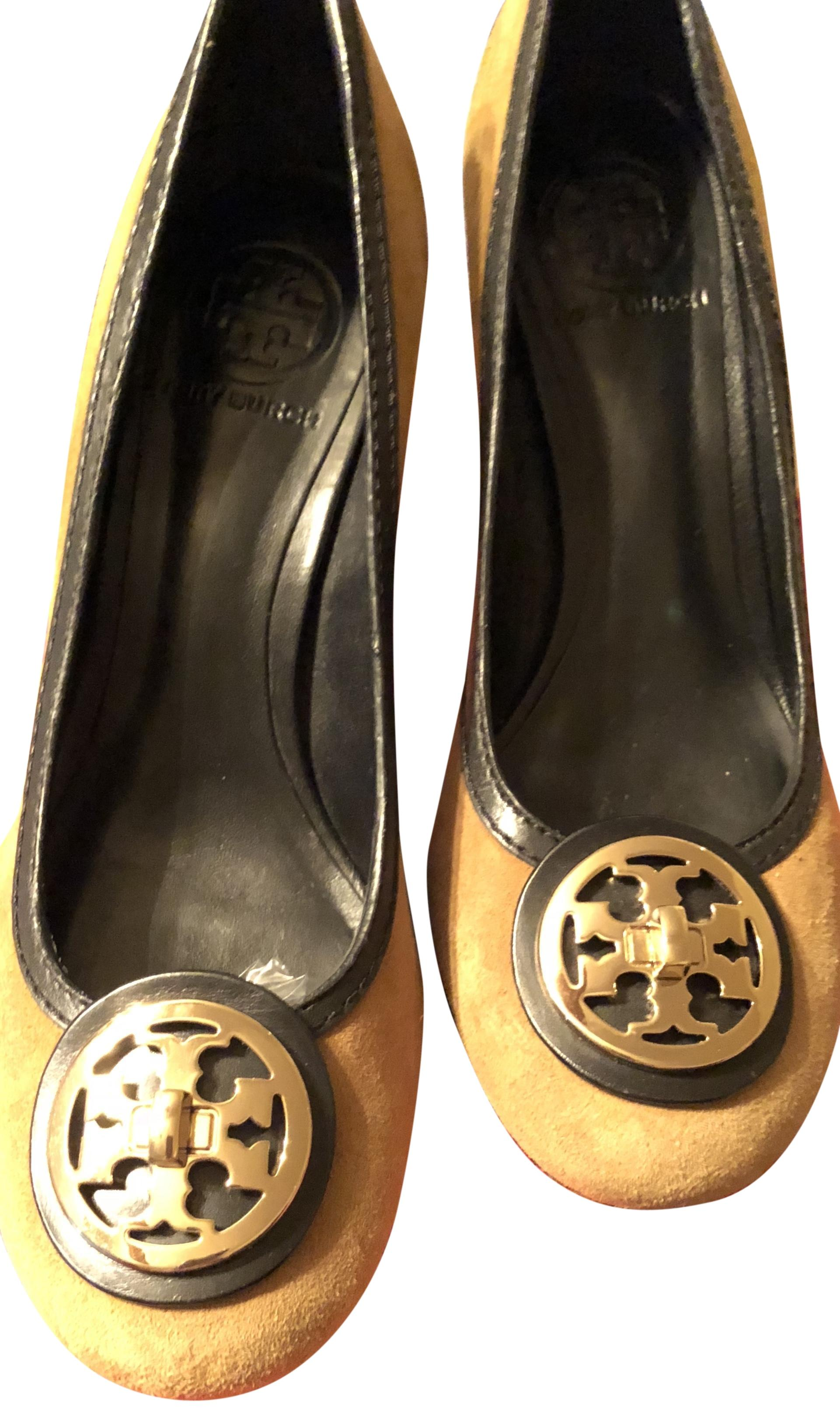 Tory Burch Tan and Suede with Dark Brown Leather and Tan Gold Metal Logo Vicuna Pumps Size US 8 Regular (M, B) 1597df