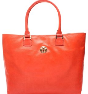 Tory Burch Tote in Blood Orange