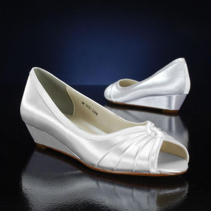 Touch Ups Dyeable   White Wedge Size US 9.5 Regular (M, B)