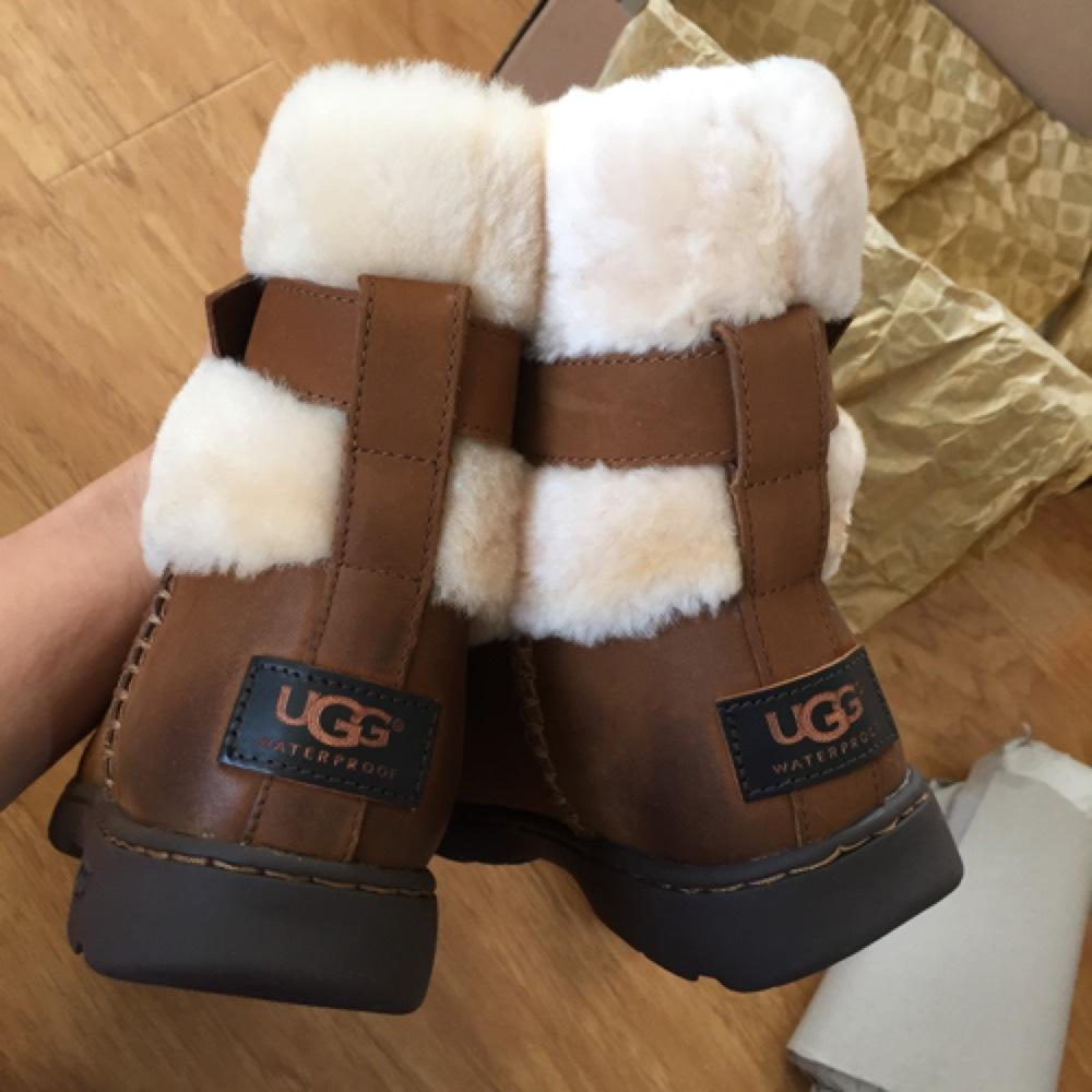 UGG Australia Chestnut Brielle Women's Boots/Booties