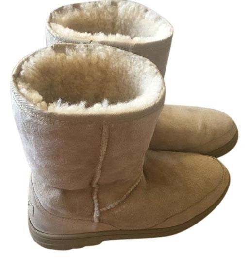 UGG Australia Made In New Zealand Women's Ultra Short Sand Boots ...