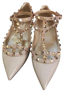 Valentino Rockstud Blush Pumps