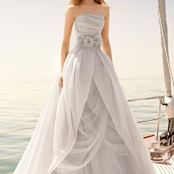 Wedding Gown Sale Online: Vera Wang Bridal Wedding Dress On Sale, 36% Off