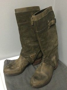 Vera Wang Olive Suede Green Boots