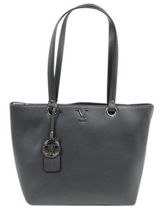 Versace Calfskin Classic Made In Italy Leather Tote in Grey (Saffiano Grigio)