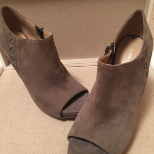 Via Spiga Suade Pumps Grey Boots