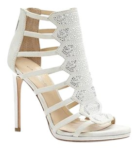Vince Camuto Imagine Gavin BONE KIDSUEDE Formal