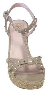 Vince Camuto Neutral Wedges