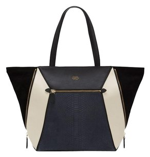 Vince Camuto Tote in navy