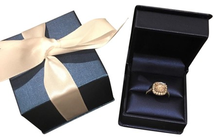 Preload https://item5.tradesy.com/images/white-gold-engagement-275-ring-21560614-0-2.jpg?width=440&height=440