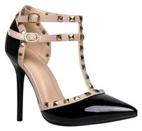 Wild Diva Black Pumps