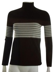 Wolford Wolbford Velvet Mock Turtleneck in black and white hounds toothwhite Black houndstooth