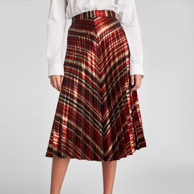 Preload https://item5.tradesy.com/images/zara-red-black-gold-high-waisted-pleated-skirt-size-8-m-29-30-26039889-0-0.jpg?width=400&height=650